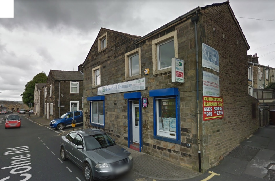 Shop Premises with 2 bed flat Colne Road Brierfield BB9 5NP