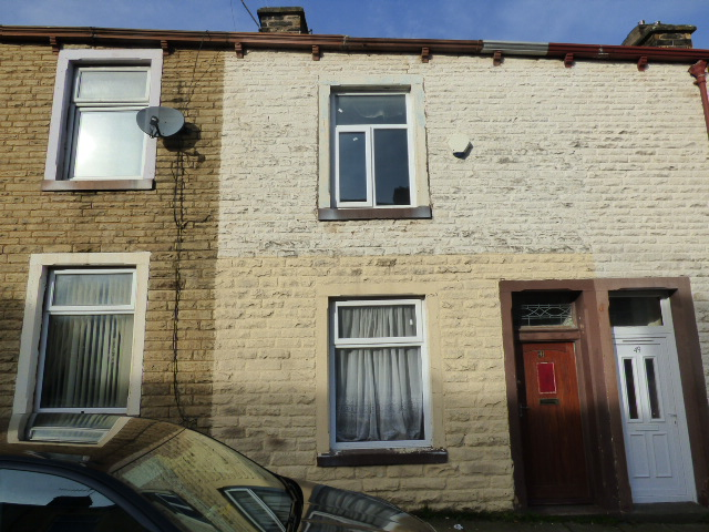 Dalton Street Nelson BB9 7XY –  2 bedrooms 2 reception rooms