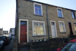 Carleton Street Nelson BB9 9DQ – 3 BEDROOMS 2 RECEPTION ROOMS