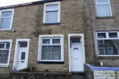 Napier Street Nelson BB9 0SN – 2 bedrooms 1 reception room.