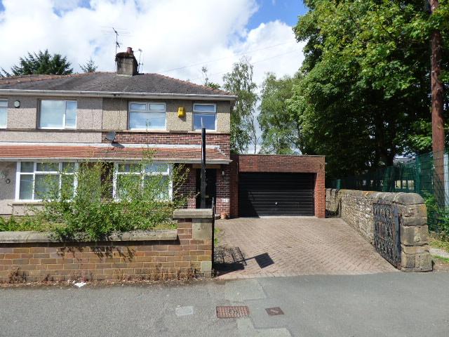 Hibson Road Nelson BB9 0PS – 3 bed semi – garden, garage, driveway.