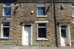 Clifton Street Darwen BB3 0BR 2 bed 2 reception rooms