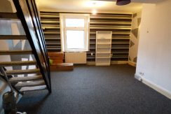1 bed flat Leeds Road Nelson BB9 8EJ – 1 bedroom 1 living room.