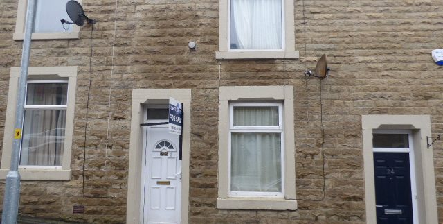 Wilfred Street Accrington - 3 bedrooms - kitchen - dining room. BB5 2HY