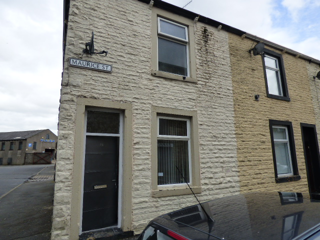 Maurice Street Nelson BB9 7HY – 3 bedrooms 2 reception rooms.