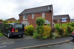 Delius Close Blackburn BB2 3WS – 3 Bed semi with drive, garage and garden