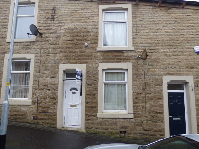 Wilfred Street Accrington BB5 2HY – 3 bedrooms. Guide Price £45,000