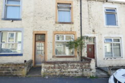 Poplar Street Nelson BB9 8HL – 2 bedrooms 2 reception rooms. £72,000 offers around.